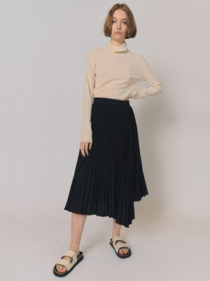 VOLUME PLEATS [BLACK]