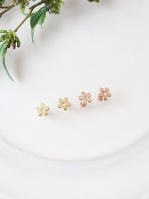 Metal Blossom Earrings - [2 COLORS]