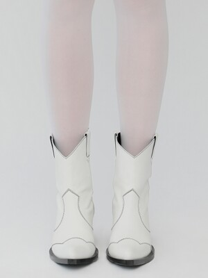 R STITCH POINT WESTERN BOOTS_IVORY