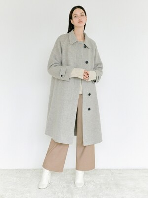 Handmade Oversize Mac Coat in Beige