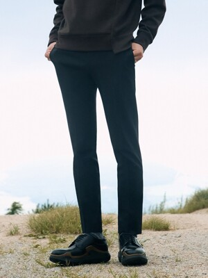 Slim-Tapered Italian Stretch-Wool Suit Trousers_2color