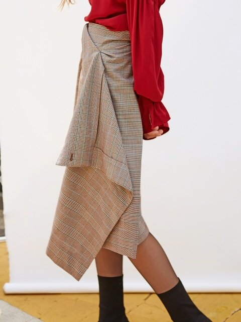 DRAPED UNBALANCE WRAP CHECK SKIRT