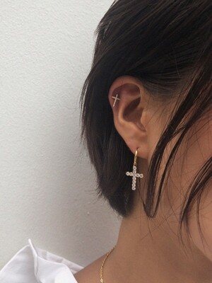 Amazing small cross earring (Gold)
