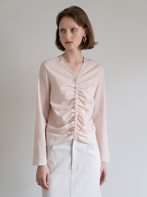 19FW GATHERED BUTTON-DETAIL TOP (PEACH)