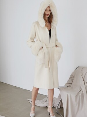 FOX TRIM CASHMERE COAT