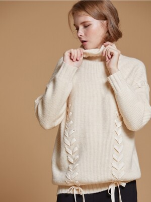AHIN CROSS STRAP RIBBON TURTLENECK [BE] [RA-KN-TS-819]