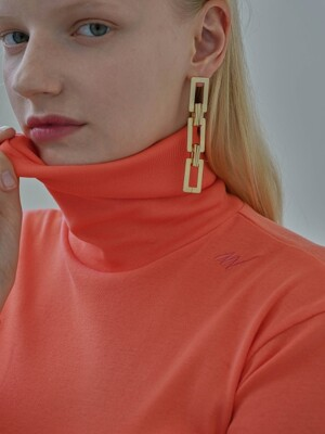 Slim Logo Turtleneck Coral