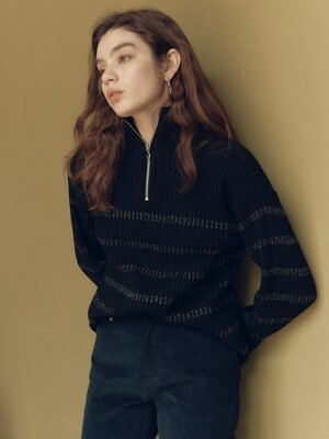 Metallic Stripe Turtle Neck Knit in Black_VK0WP2800