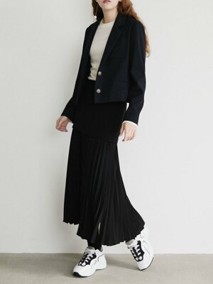21' Spring_ Black Slim Pleated Skirt