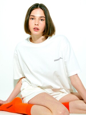 AUTHENTIC T-SHIRT(WHITE)