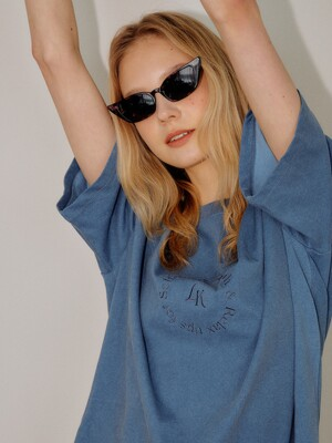 BLUE SELFCARE EMBROIDERY OVERSIZE TSHIRT