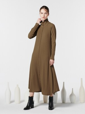 TURTLE NECK DRESS-CAMEL