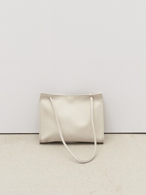 plain square bag iv
