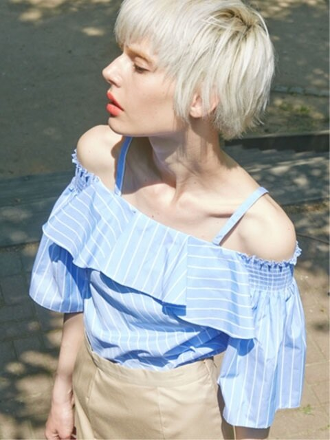 OFF SHOULDER STRIPE TOP_BLUE