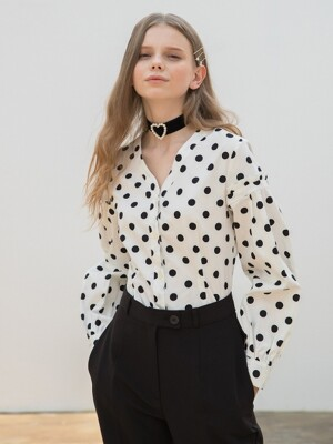 Dot Volume Blouse