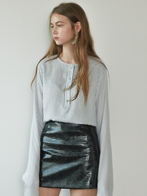 17FW PYTHON-EFFECT SKIRT (BLACK)