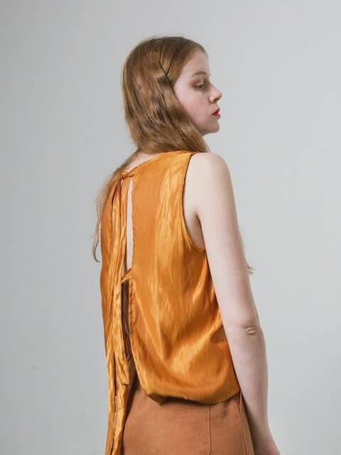 BACK STRAP SLEEVELESS TOP - ORANGE