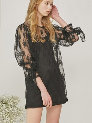 Seethrough Volume Sleeve Lace Dress_Black