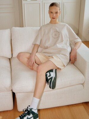 IVORY SELFCARE EMBROIDERY OVERSIZE TSHIRT