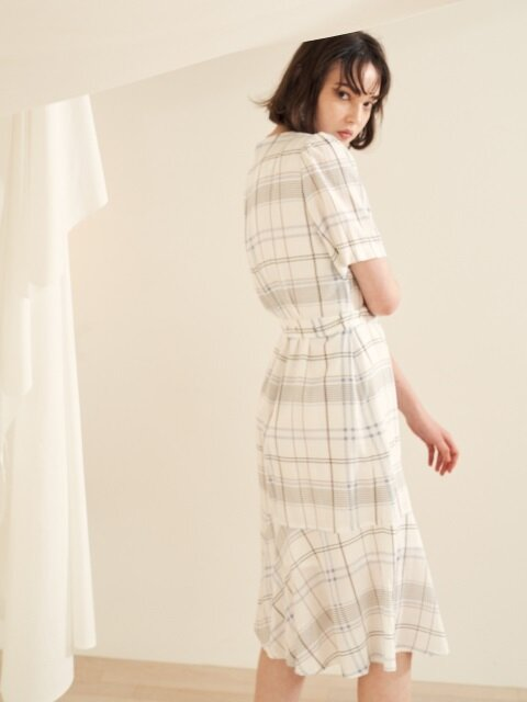 18 summer_White Cotton Check Dress