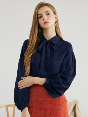 drop shoulder shirring blouse NA