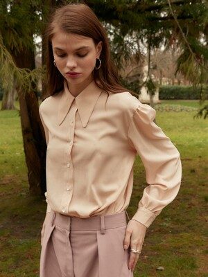 Big Collar Shirt in Beige_VW0SB1140