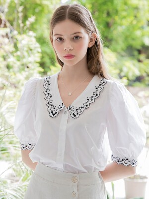 Daisy Collar Blouse White