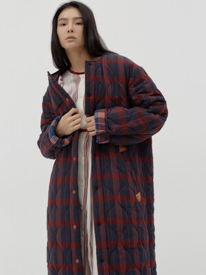 Inside-out oversize check quilted coat [red]