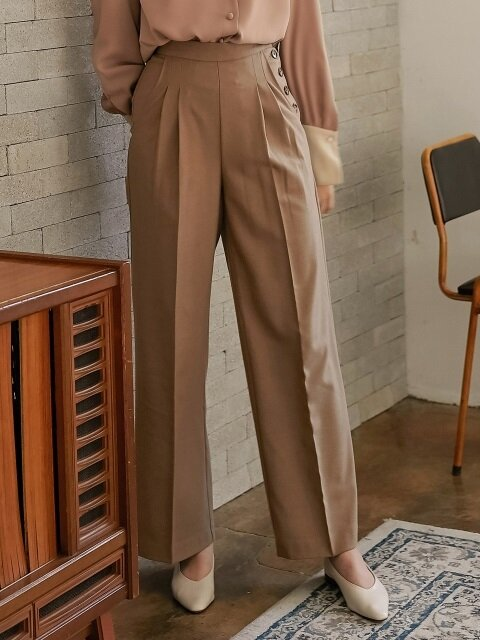 monts777 wool slacks with side buttons (beige)