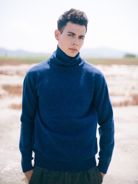 Blue Heavy Turtleneck Wool Knit
