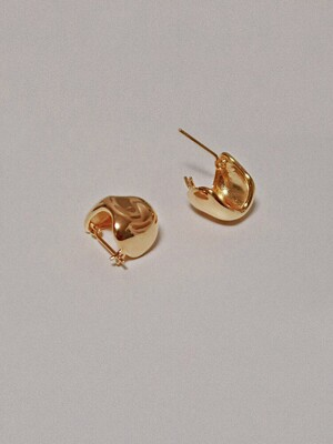 Stone earrings gold