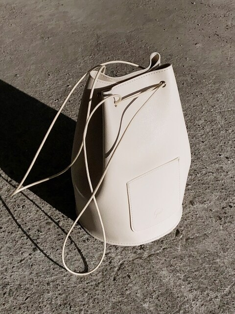 minimal cylinder bag - cream color