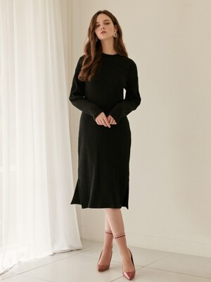 Pleats Sleeve Knit One-Piece Black