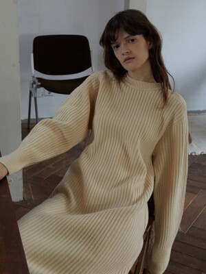 TORSO KNIT DRESS (BUTTER)