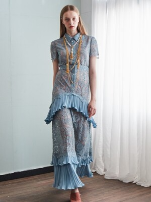 Resort lace long Dress