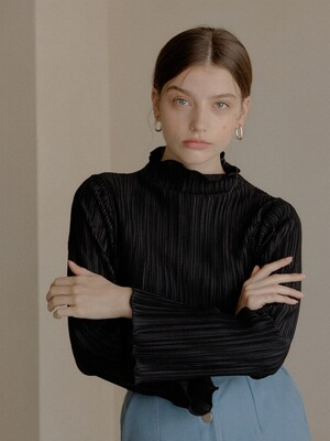 PLEATED T-SHIRT_BLACK