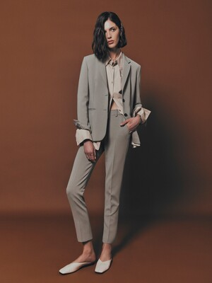 [Drama Signature] Two-button Blazer + Straight Trousers SET (KHAKI GREY)