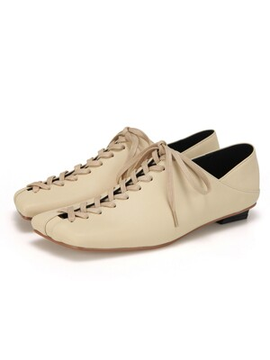 Squared Toe Lace up Flats | Sand