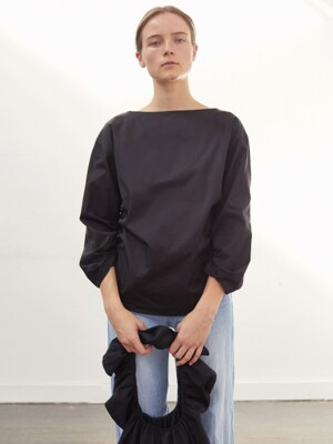 GATHERED BLOUSE (BLACK)