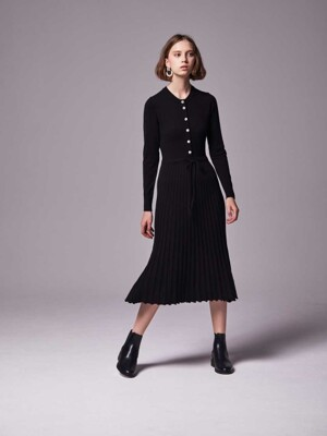 Henley neck Flared rib knit dress