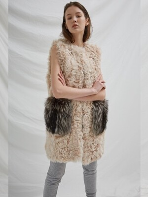 LAMB FUR - FOX POCKET VEST