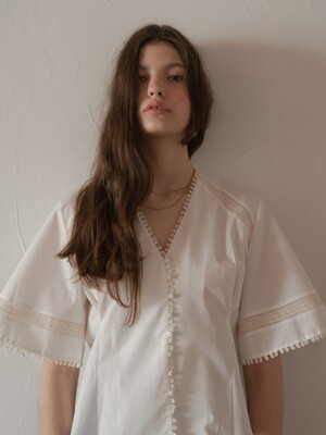 SORENTO LACE BLOUSE WHITE