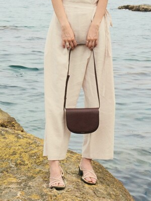 Elba Minibag in Cherry Brown