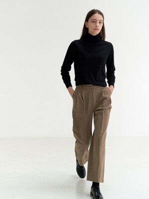 2 pintuck slacks-light brown