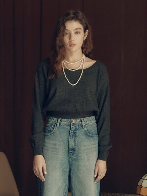 Round Neck Crop Knit in Charcoal_VK0WP2650