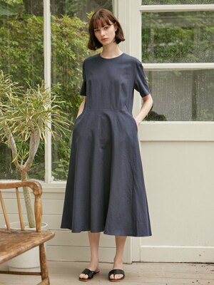 [17th Re-stock] Linen Flared Dress - Navy