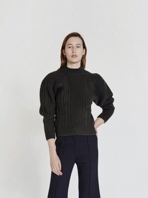 CABLE KNIT WOOL SWEATER (KHAKI)