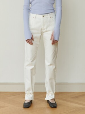 RAW-HEM STRAIGHT-LEG JEANS (WHITE)