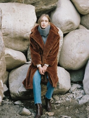 FAKE FUR LONG COAT BROWN (WOMEN)