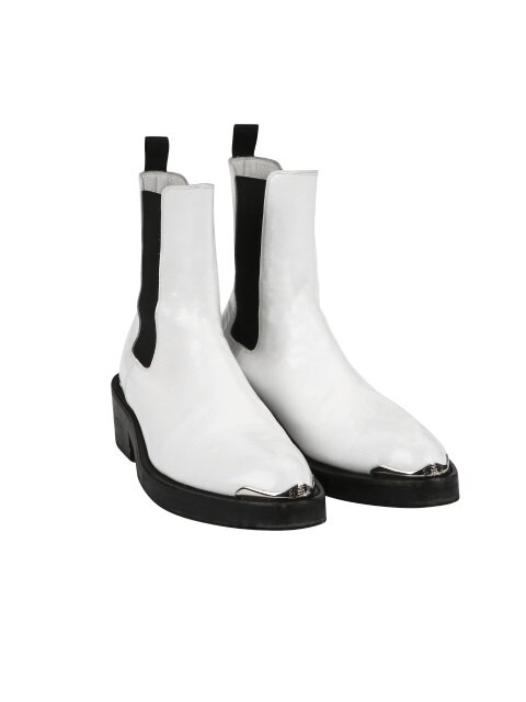 ordinary white ankle boots